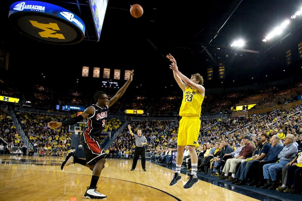 Bradley at Michigan 16