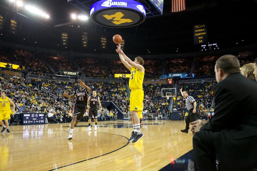 Bradley at Michigan 6