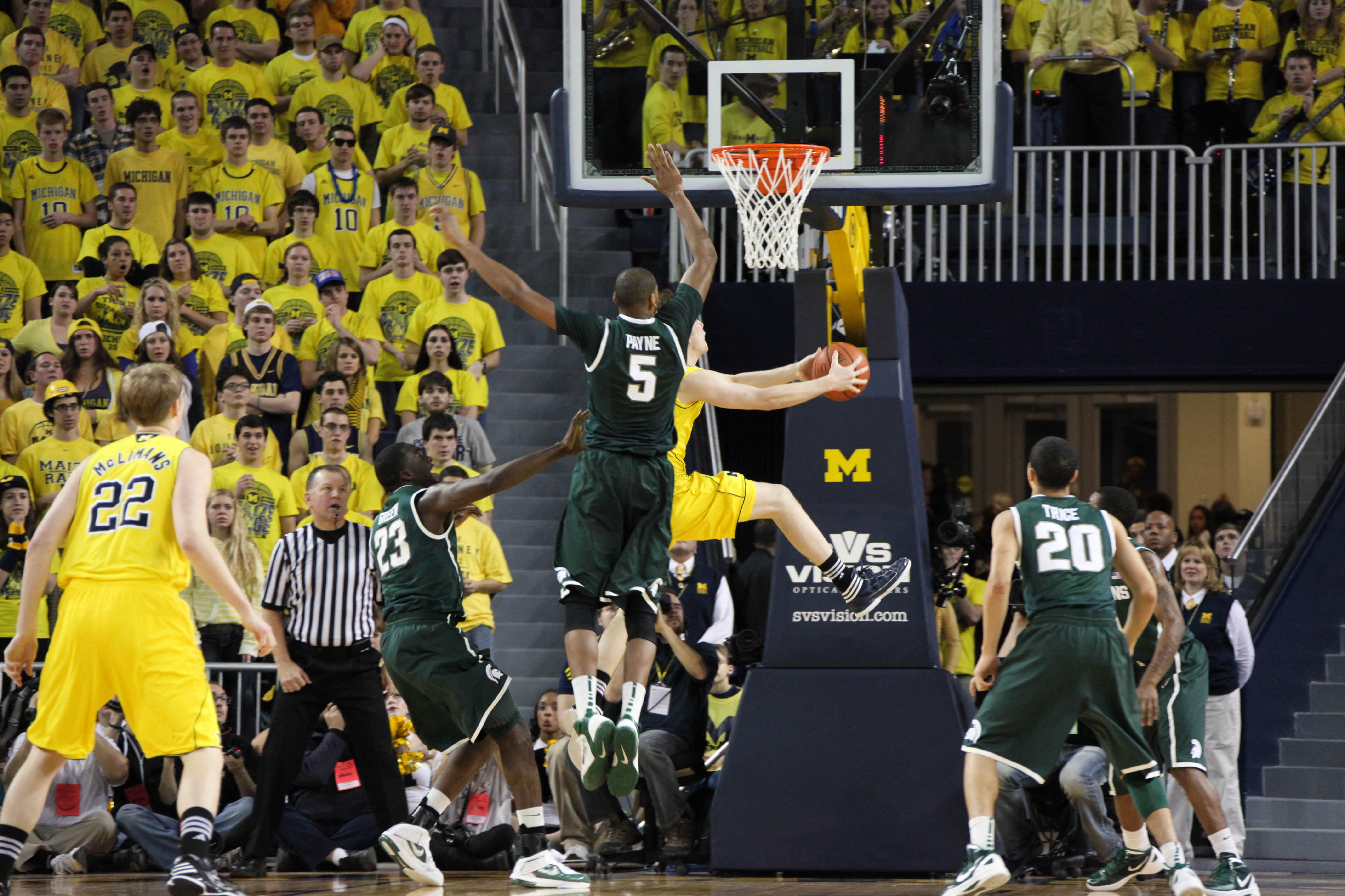 Michigan State at Michigan 3