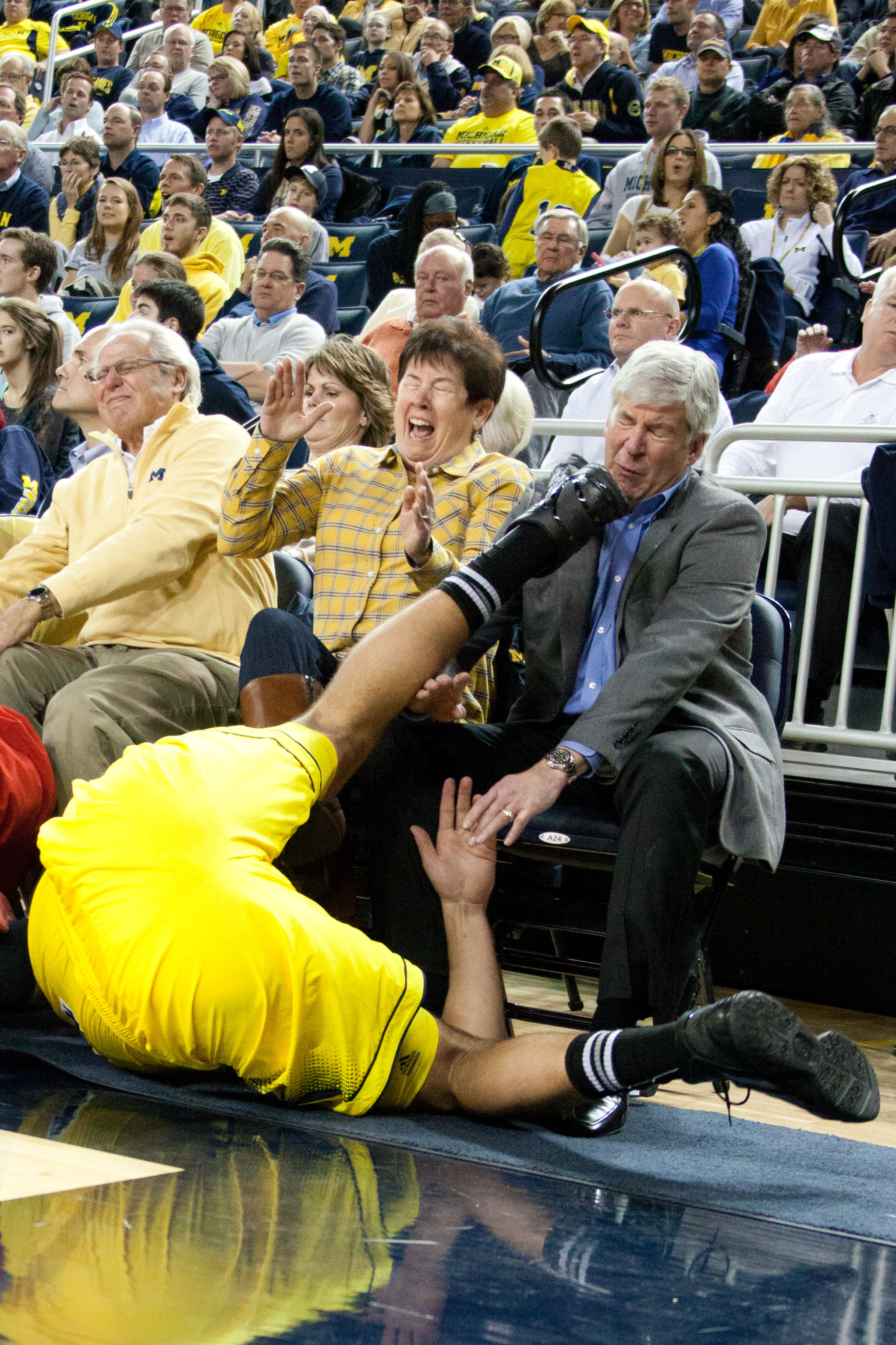 Michigan 79, NC State 72 – Mitch McGary kicks Gov. Rick Snyder in the face
