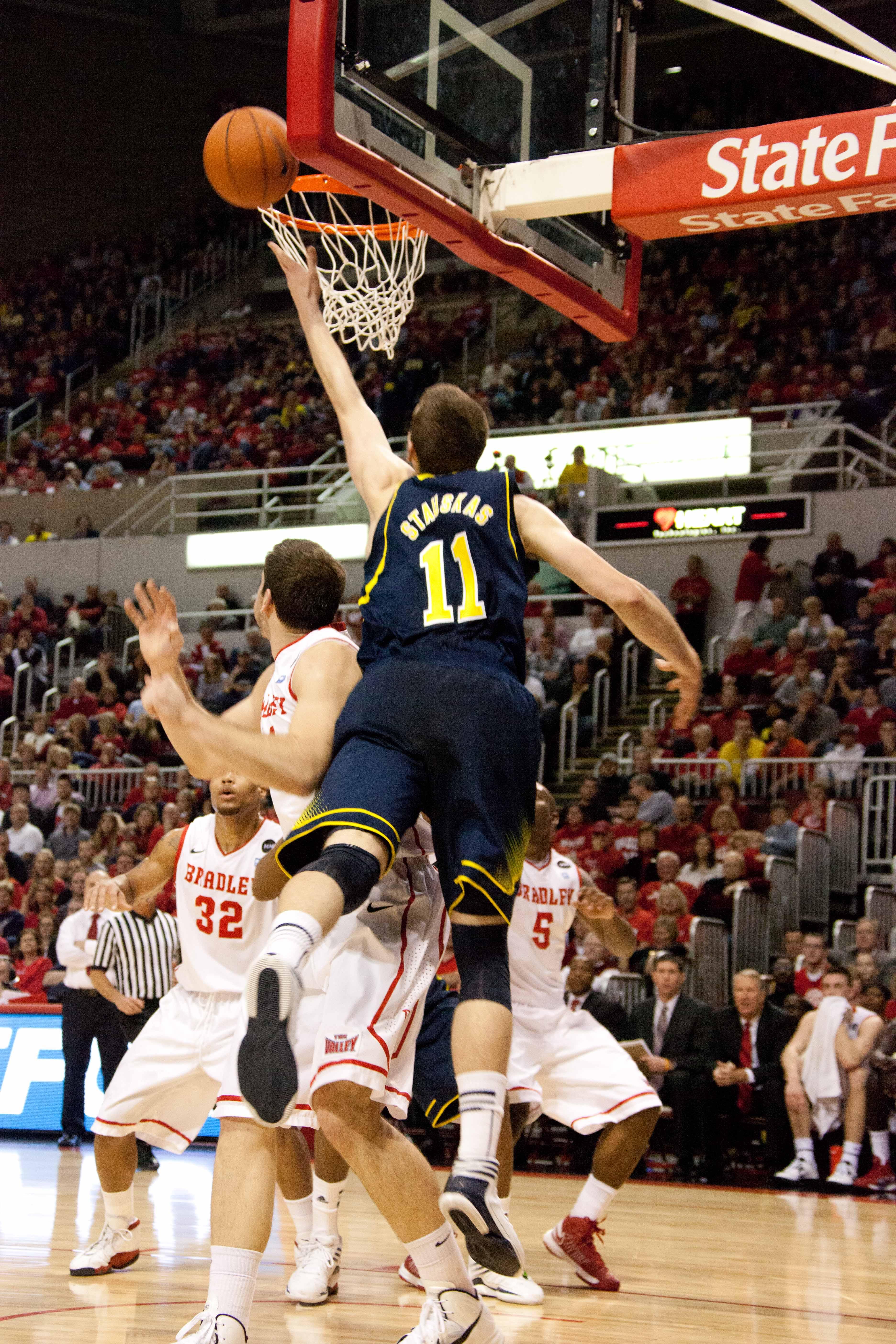 Michigan at Bradley – #17