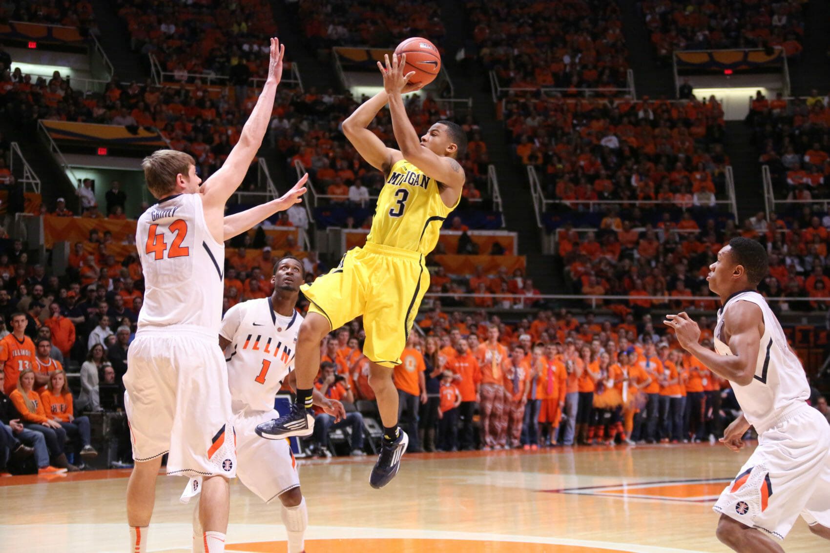 Michigan 74, Illinois 60-6