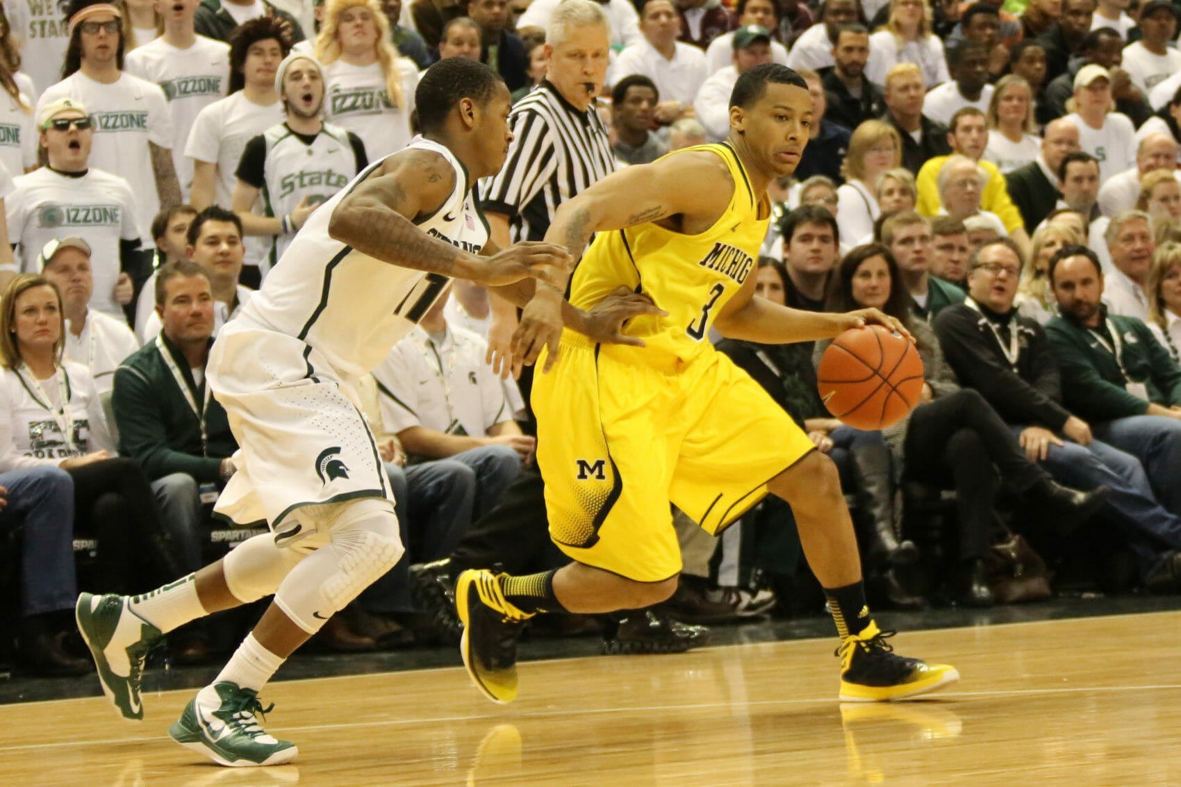 Michigan State 75, Michigan 52-19