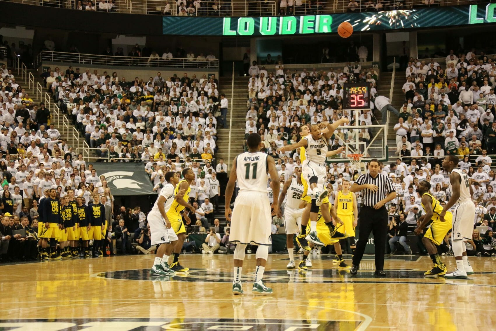 Michigan State 75, Michigan 52-2