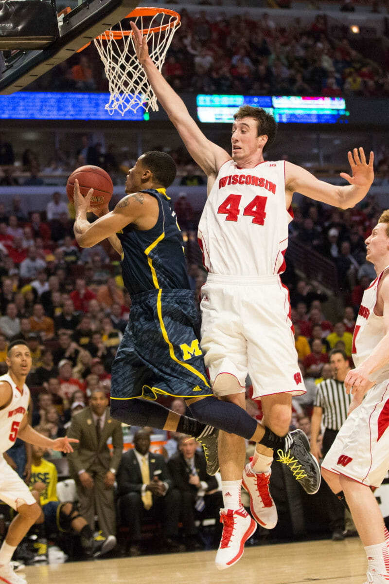 Wisconsin 68, Michigan 59-28