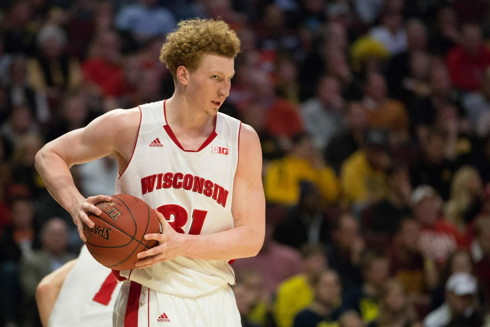 Wisconsin 68, Michigan 59-23