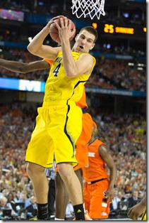 Michigan-61-Syracuse-56-extra-27_thumb.jpg