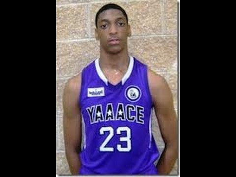 Class of 2016 Canadian prospect Justin Jackson becoming household name