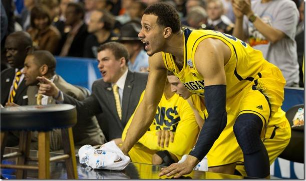 Michigan-61-Syracuse-56-extra-26_thumb.jpg
