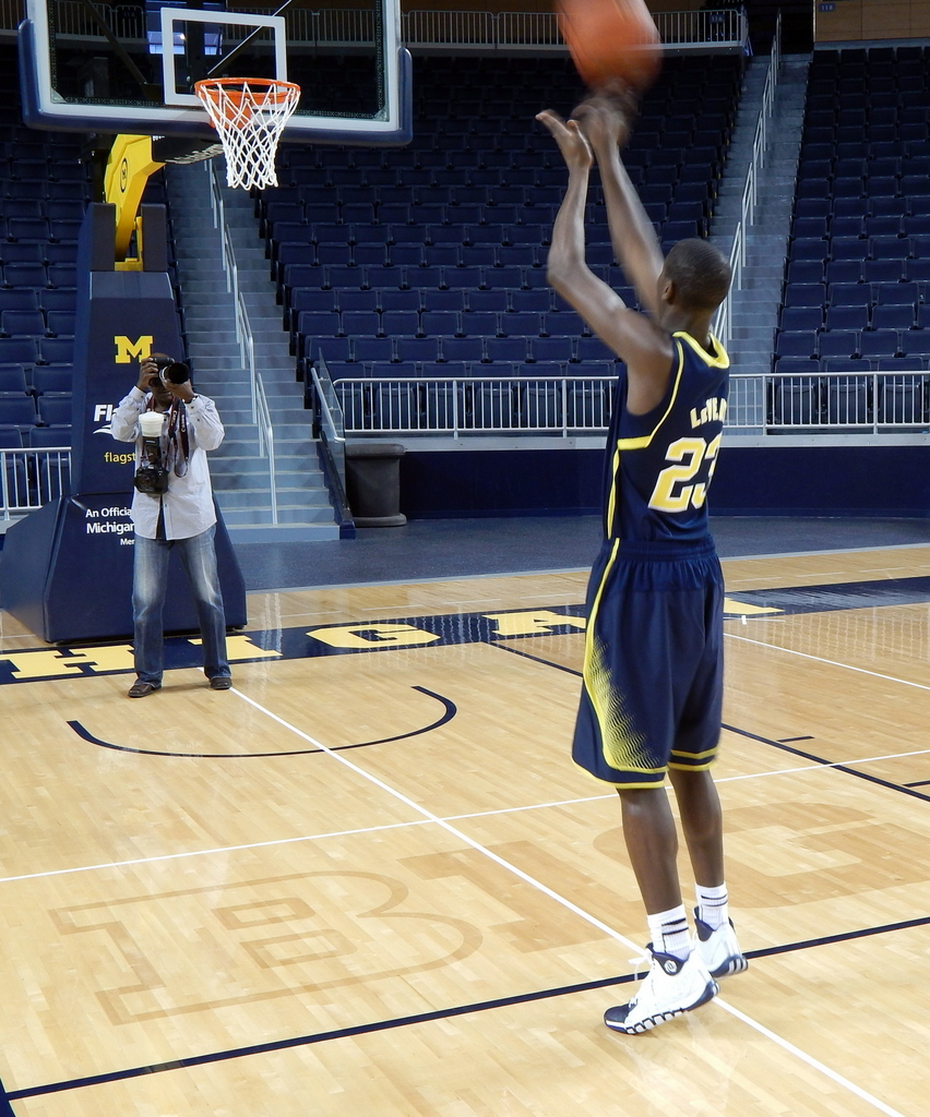 LeVert shoots at Media Day
