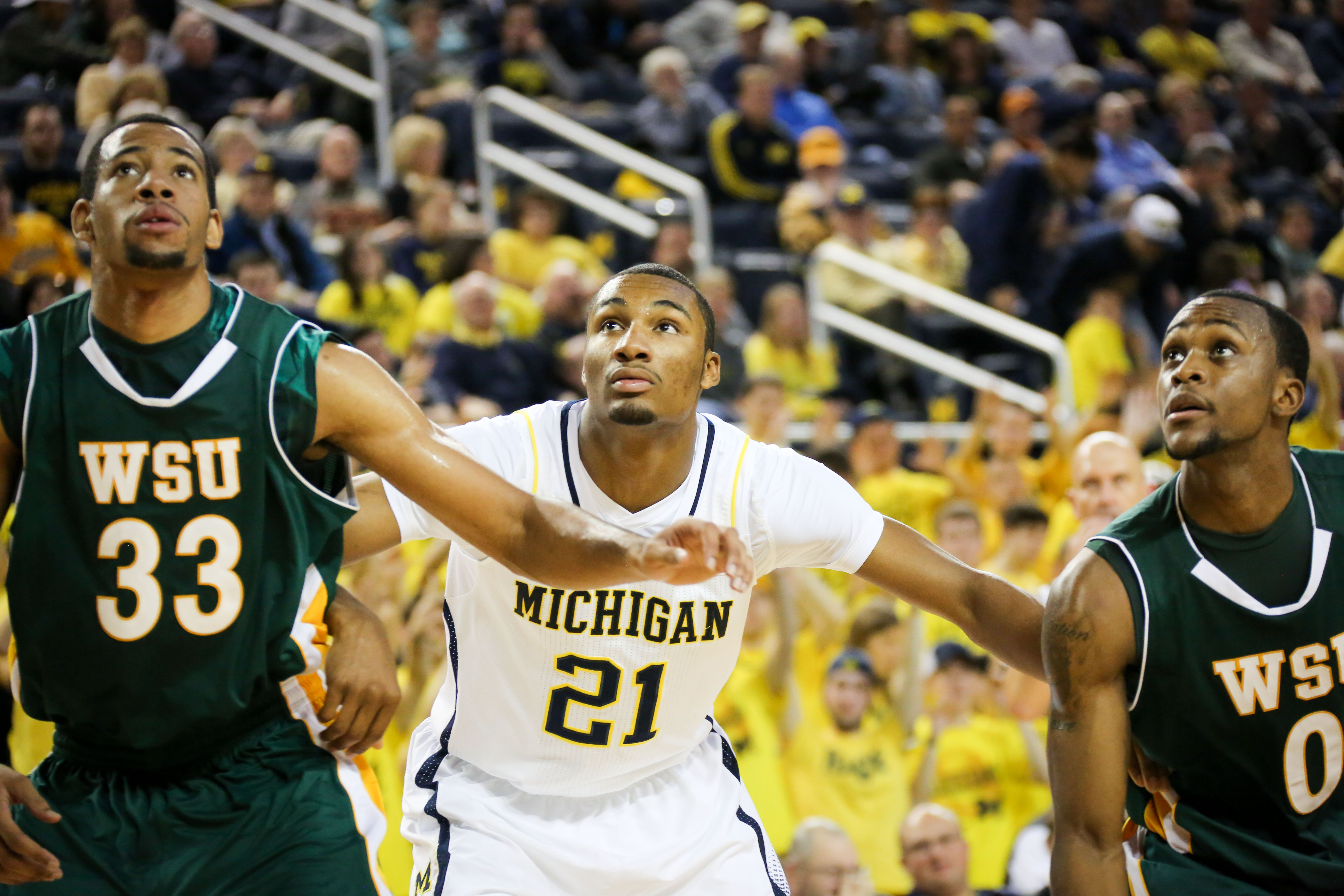 Michigan 79, Wayne State 60-21