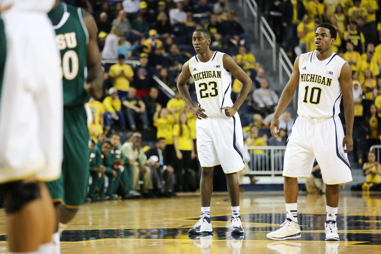 Michigan 79, Wayne State 60-19