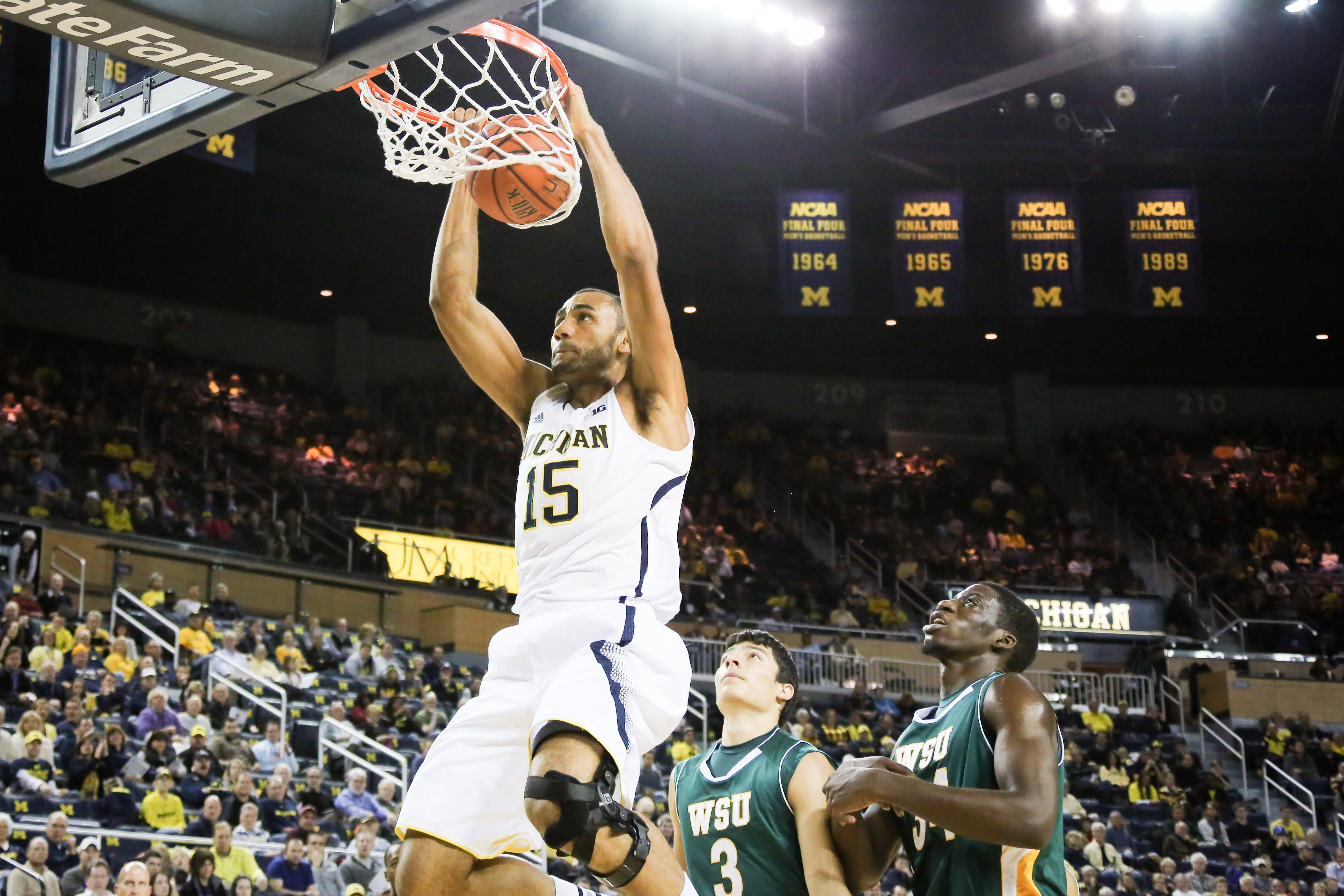 Michigan 79, Wayne State 60-12
