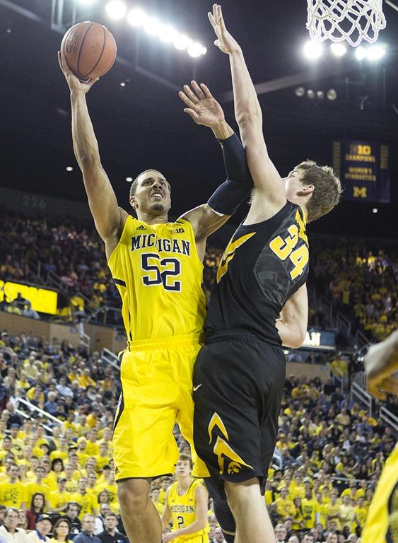 Michigan-vs-Iowa_16.jpg