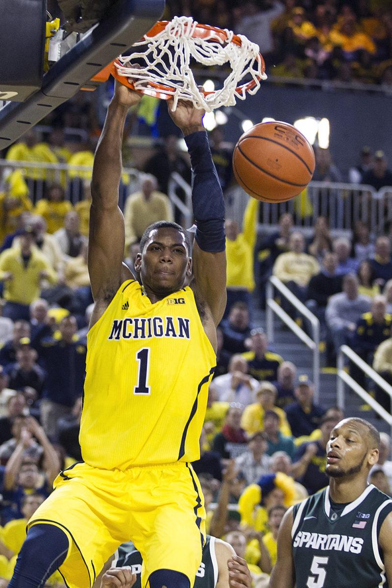 Michigan vs Michigan State_40