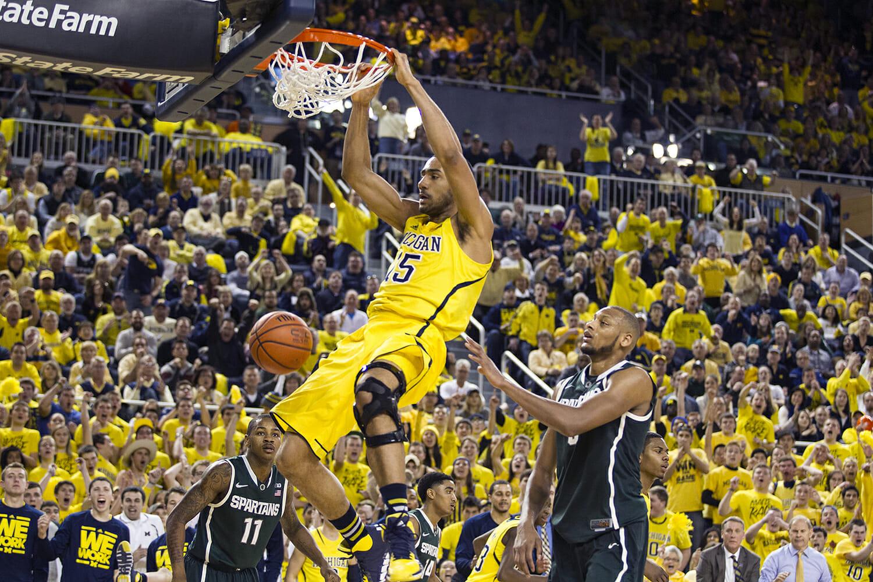 Michigan vs Michigan State_37