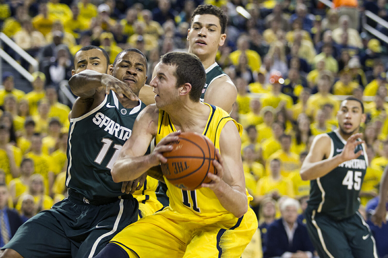 Michigan vs Michigan State_30