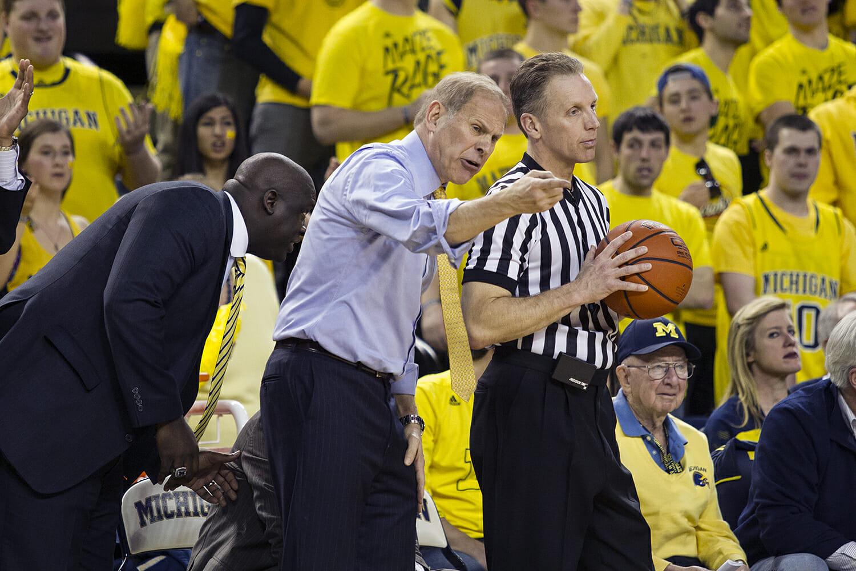 Michigan vs Michigan State_27