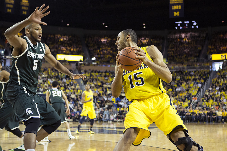 Michigan vs Michigan State_18
