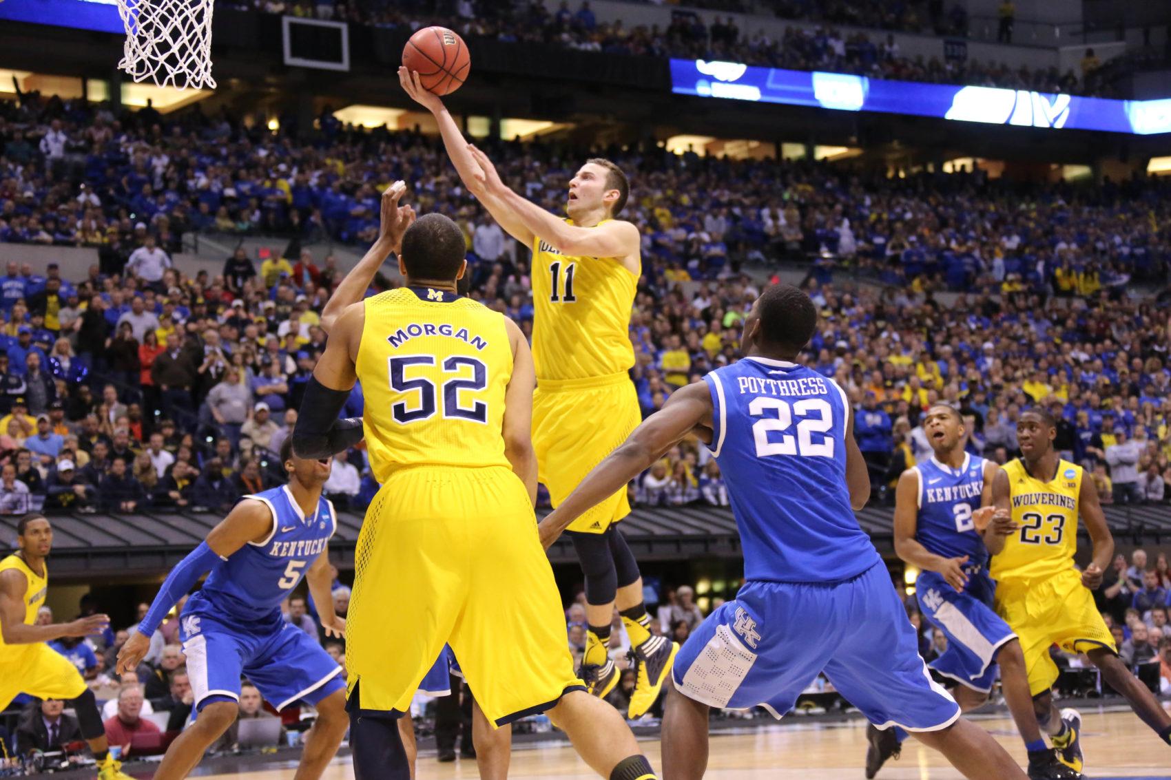 Kentucky 75, Michigan 72-38