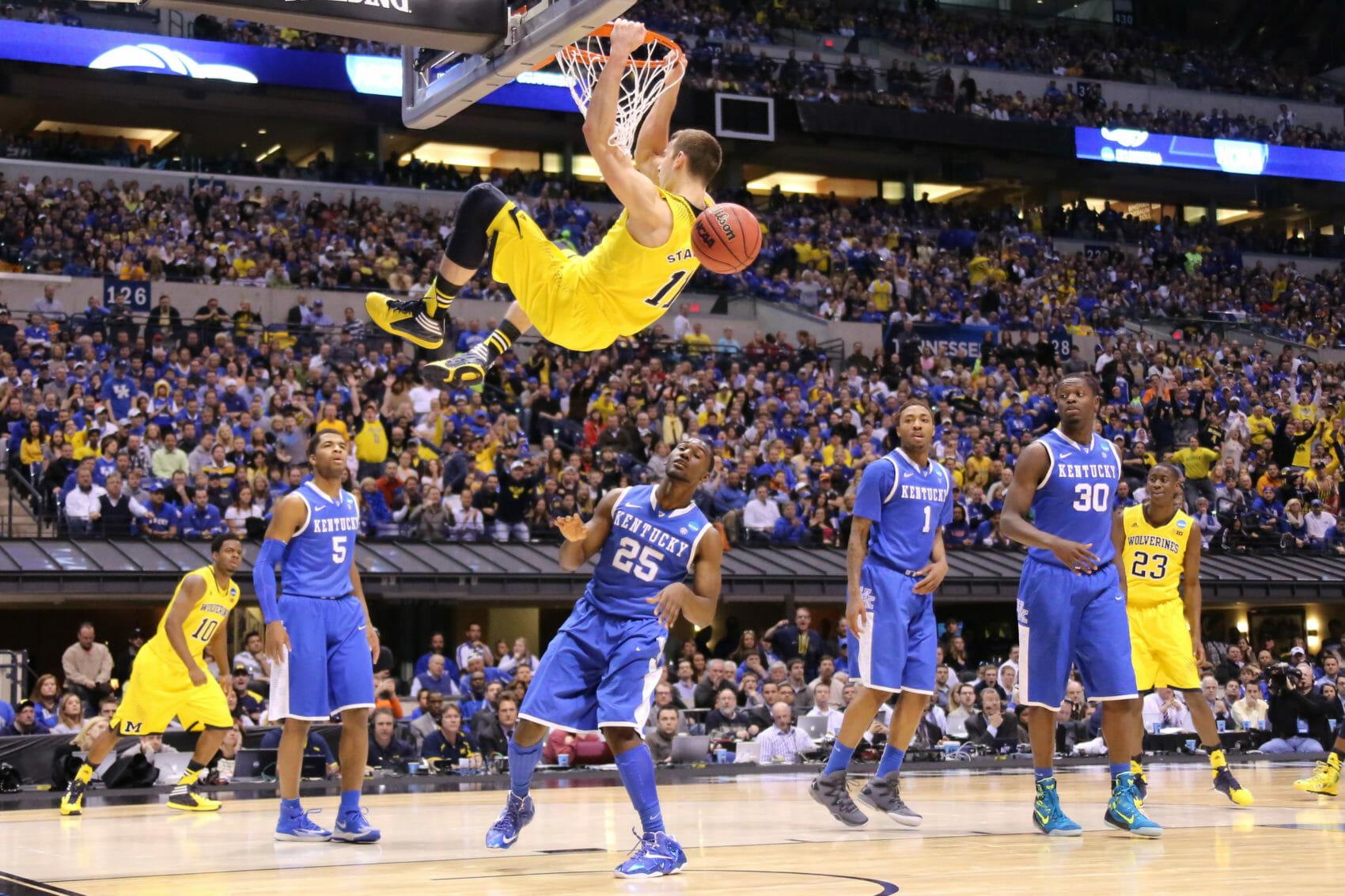 Kentucky 75, Michigan 72-24