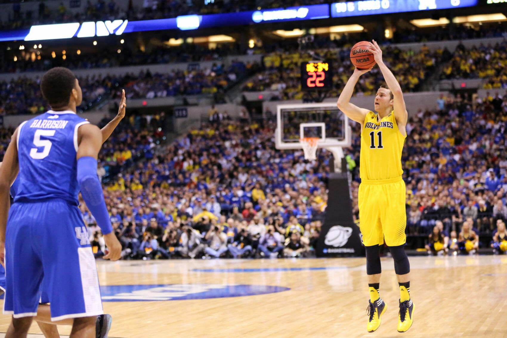 Kentucky 75, Michigan 72-2