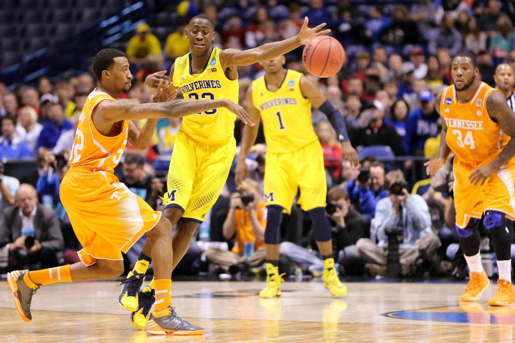 Michigan 73, Tennessee 71-6