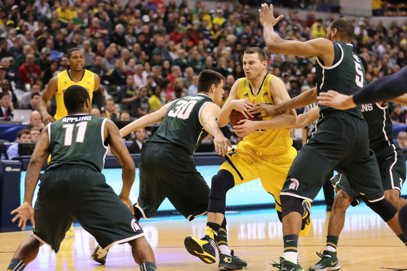Michigan State 69, Michigan 55-20