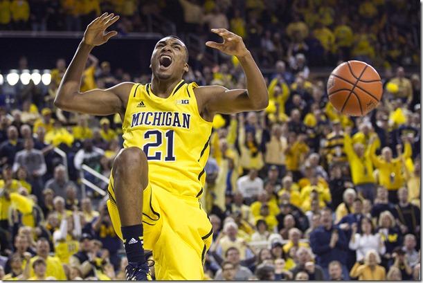 Michigan-vs-Michigan-State_11_thumb.jpg