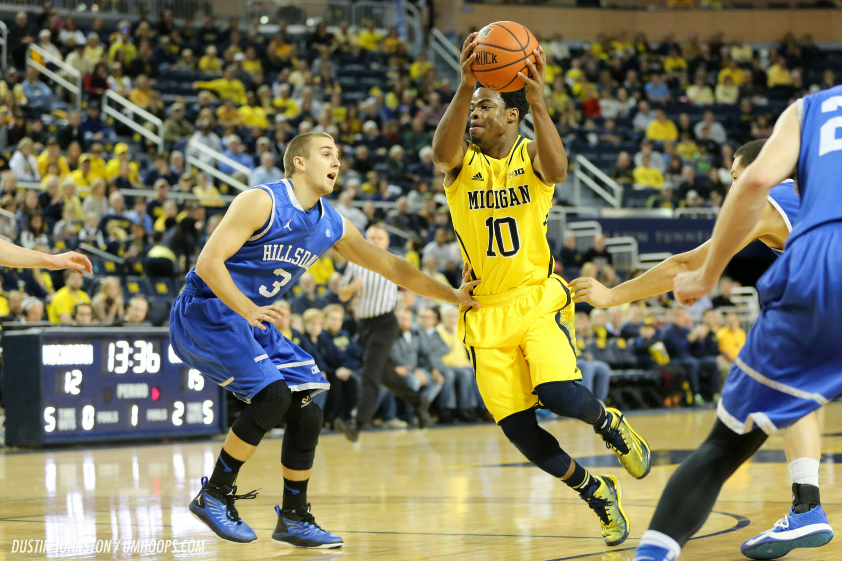 Michigan 92, Hillsdale 68-4