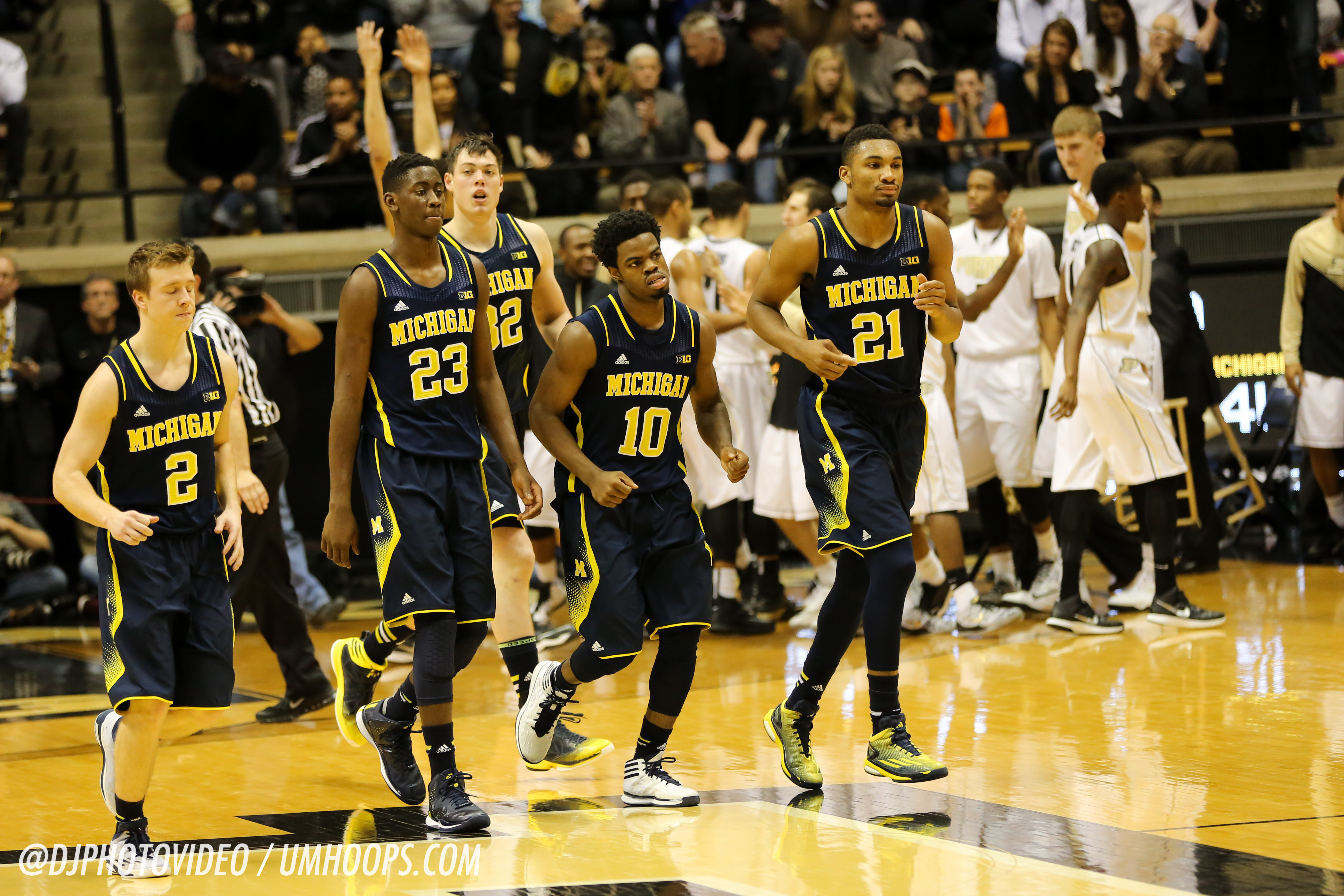 Purdue 64, Michigan 51-26