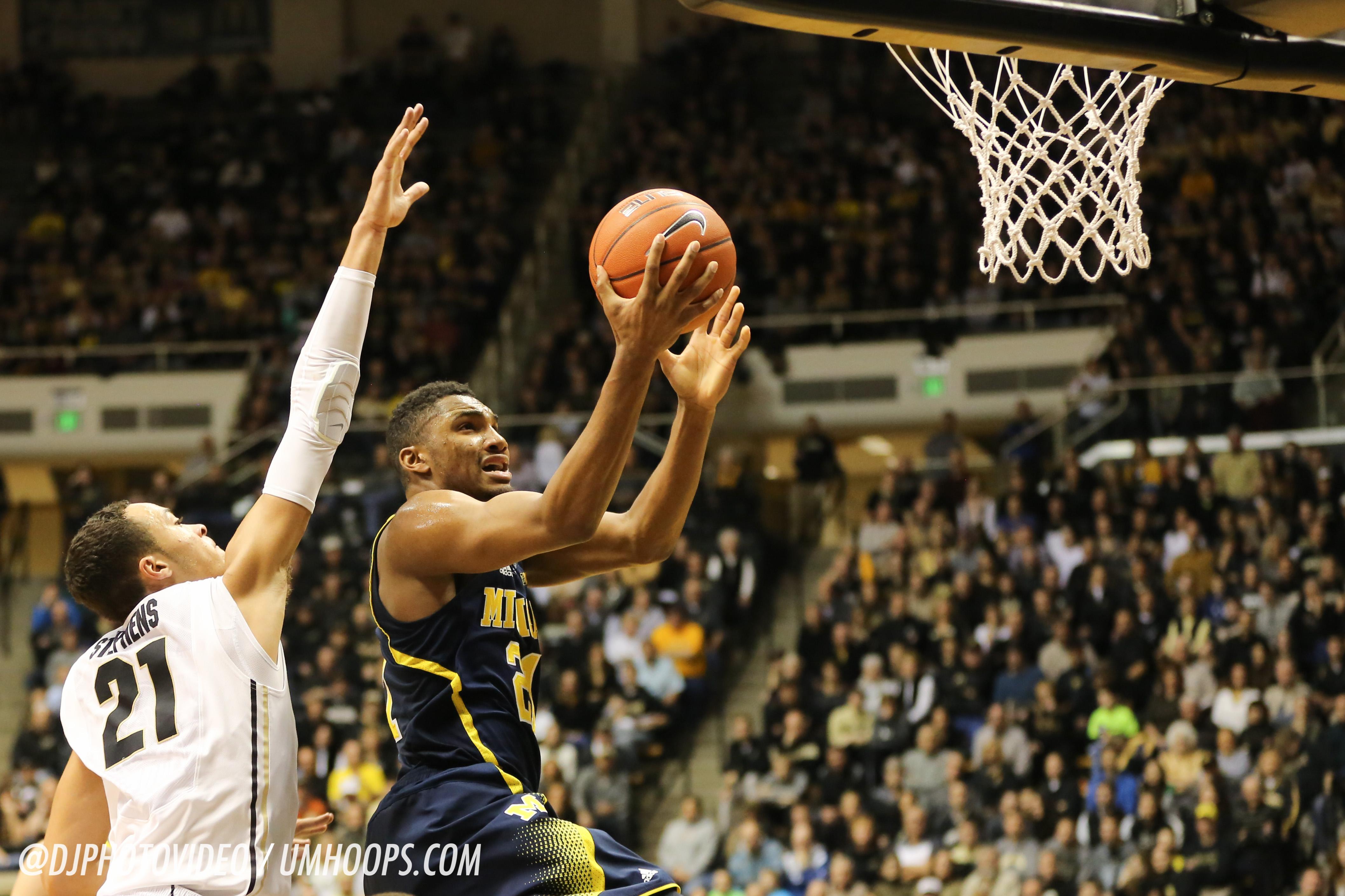 Purdue 64, Michigan 51-21
