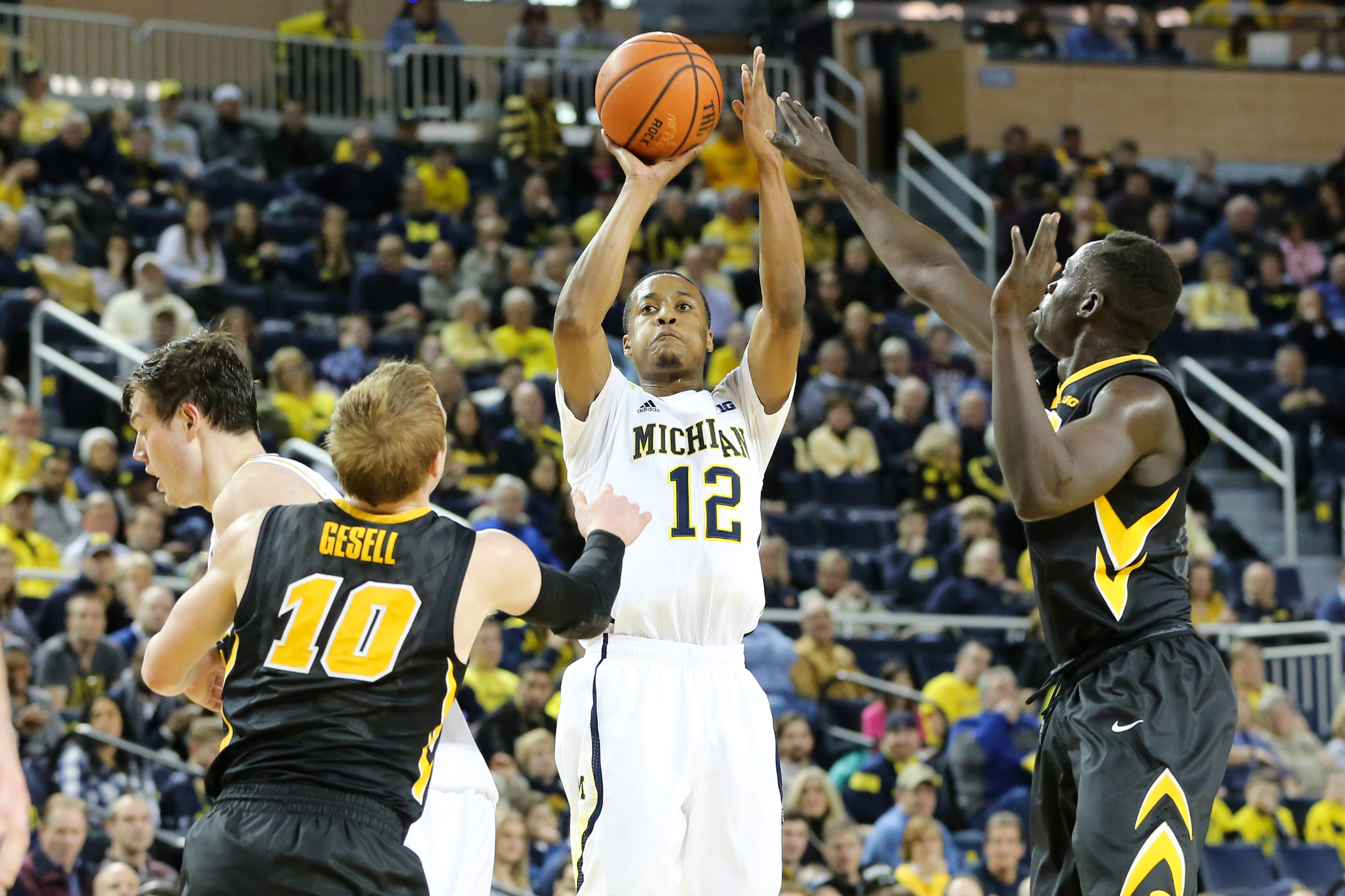 Michigan 54, Iowa 72-12