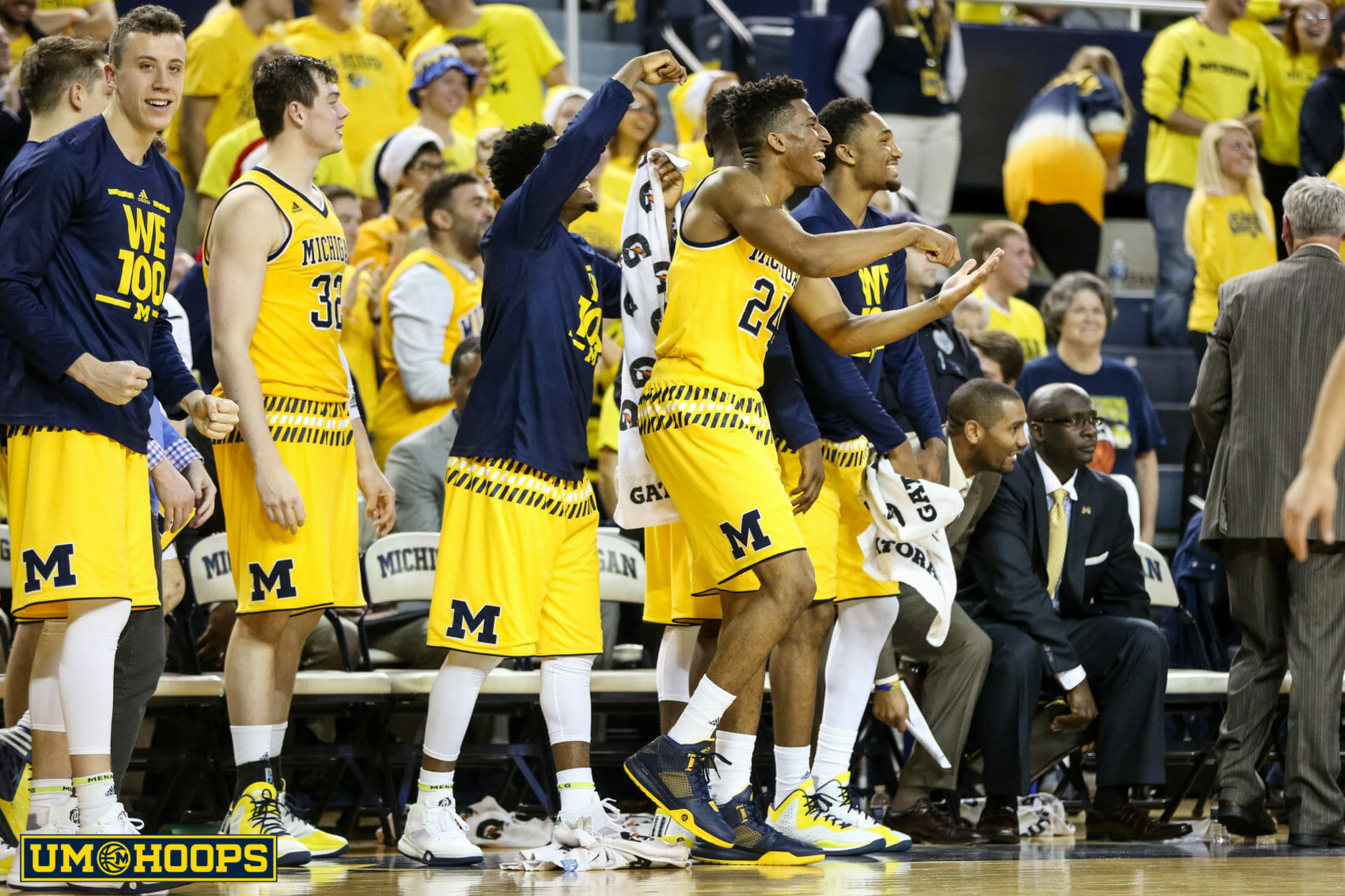 Michigan 96, Bryant 60-30