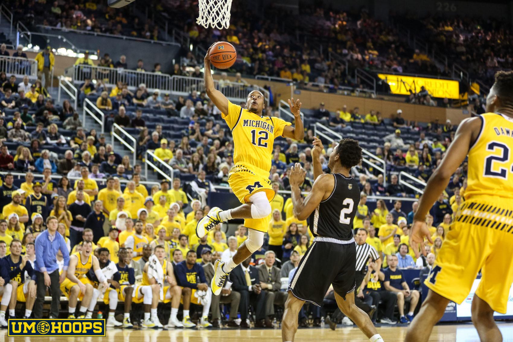 Michigan 96, Bryant 60-26