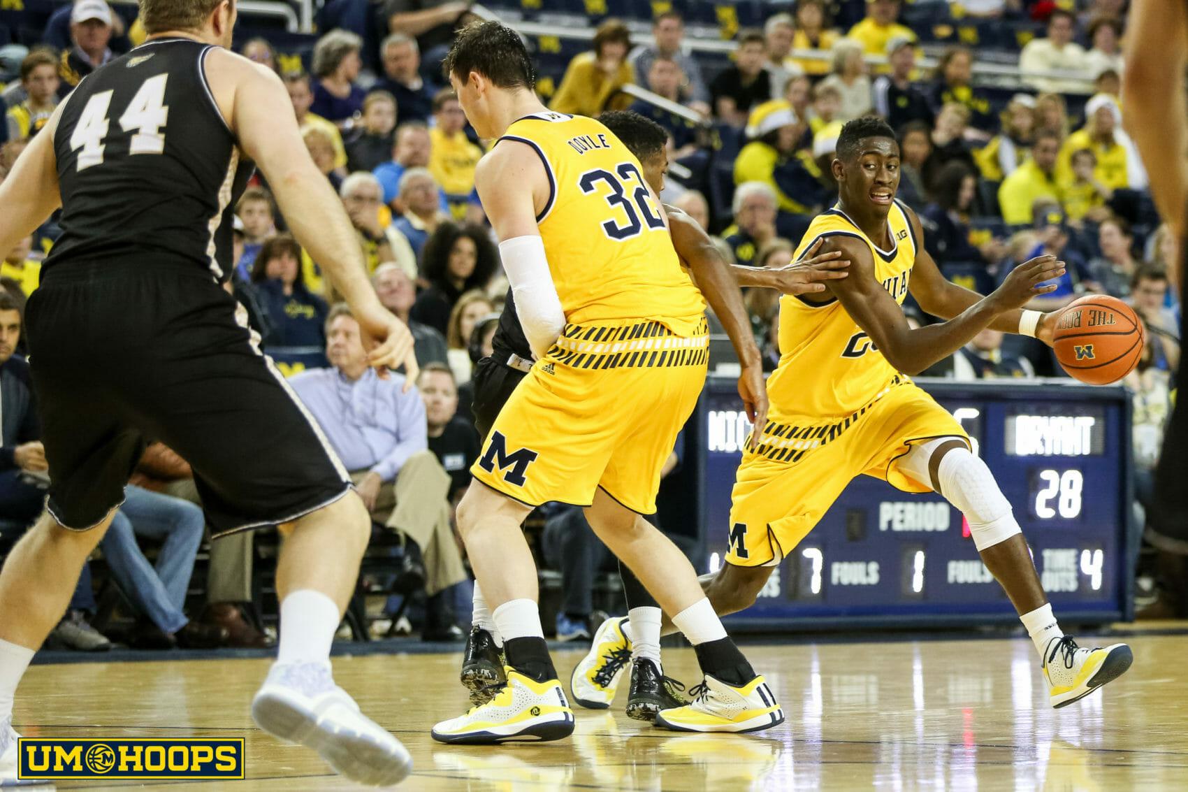 Michigan 96, Bryant 60-14