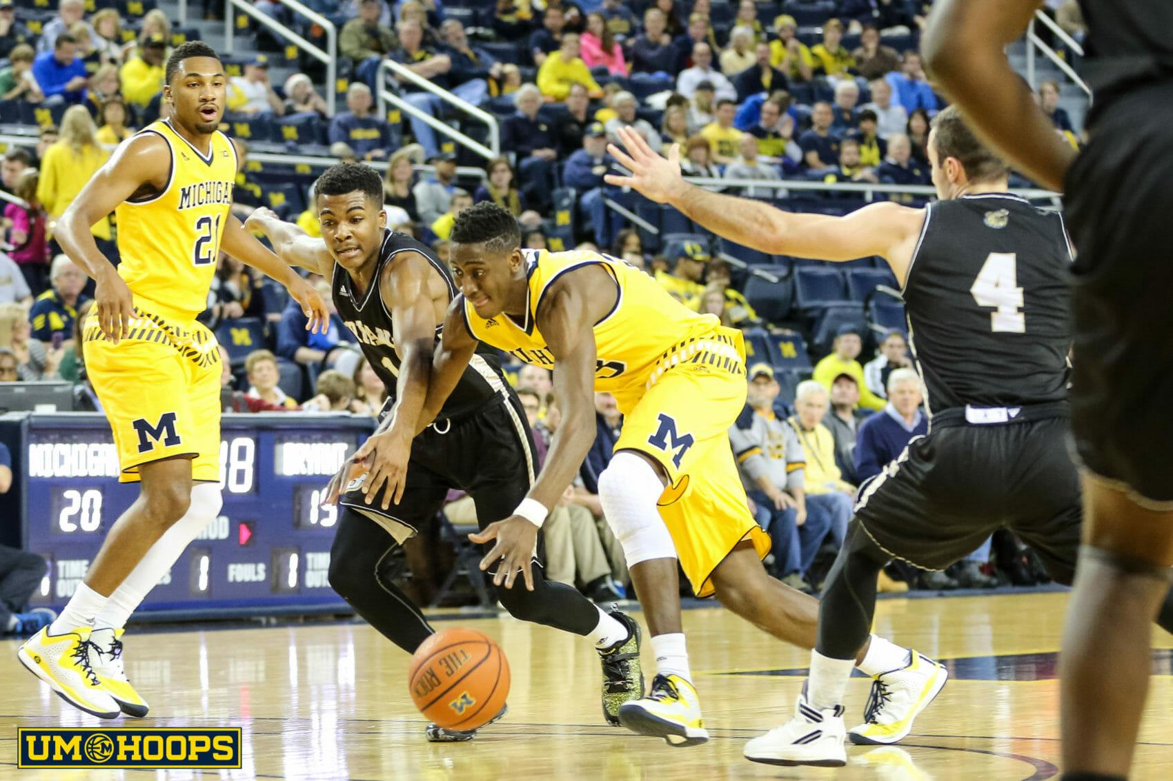 Michigan 96, Bryant 60-5