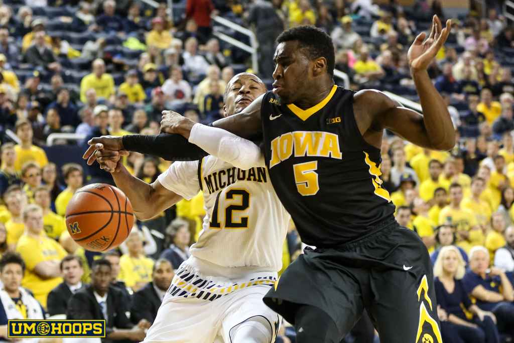 Iowa 71, Michigan 61-29