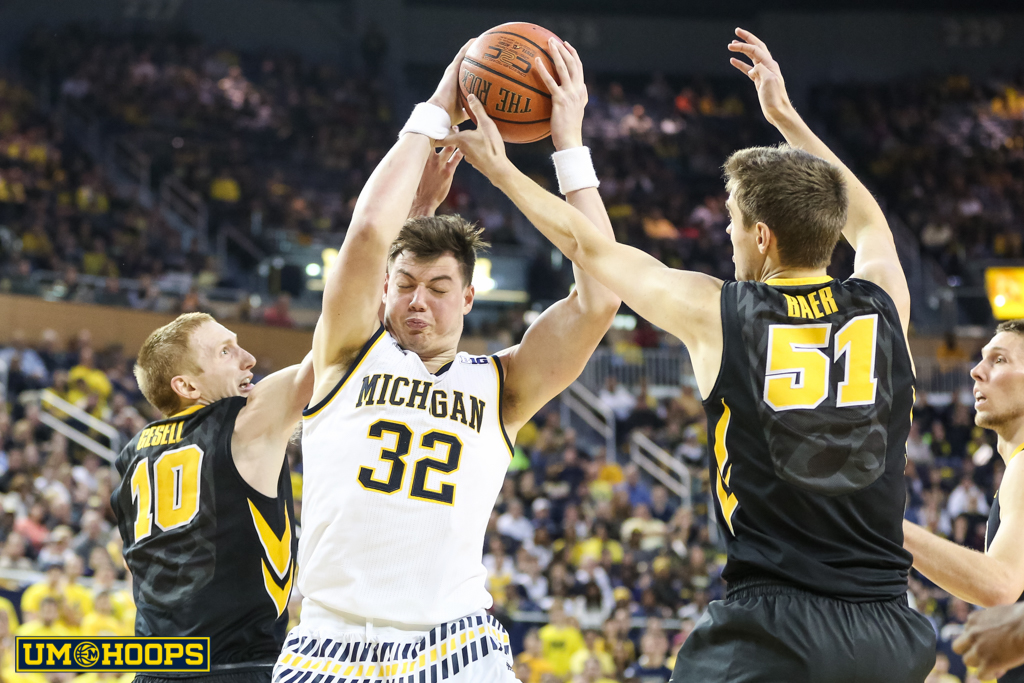 Iowa 71, Michigan 61-14