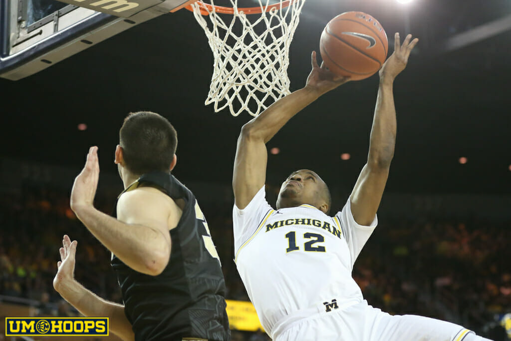 Michigan 82, Purdue 70-16