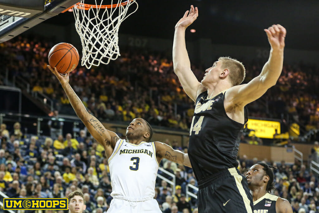 Michigan 82, Purdue 70-4