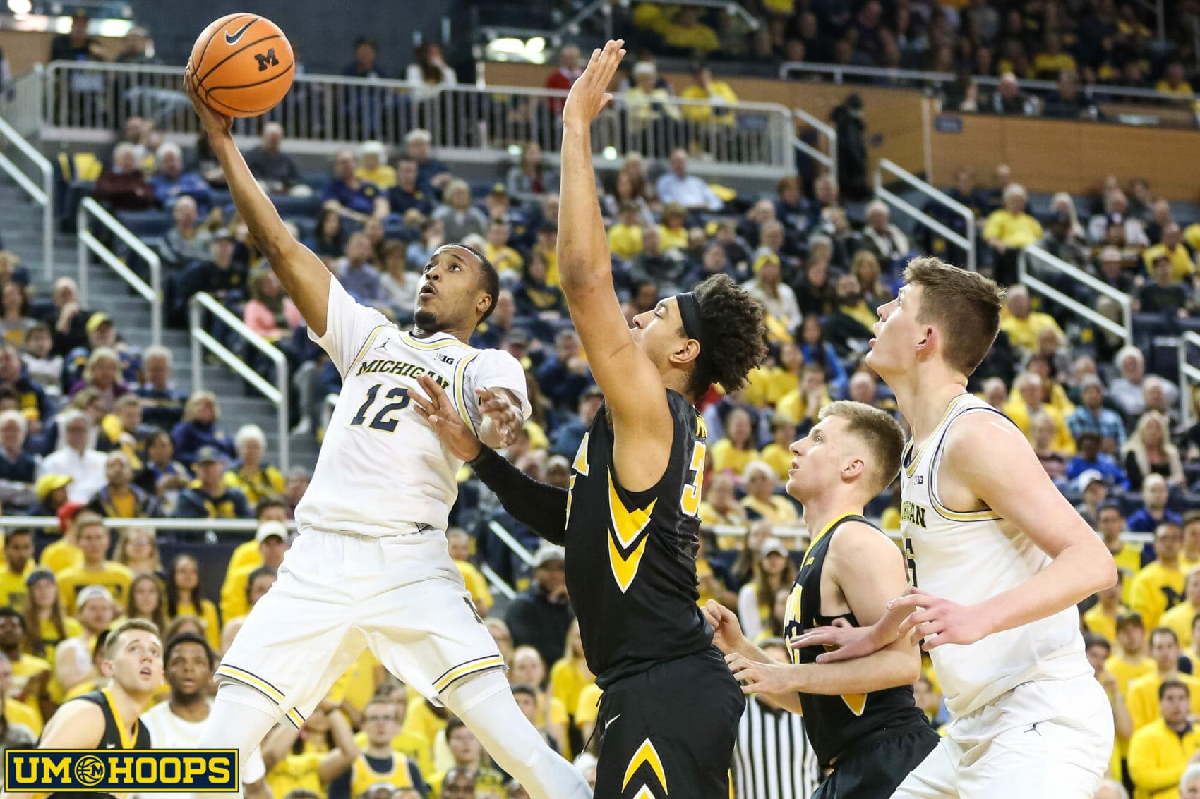 Michigan 74, Iowa 59-27