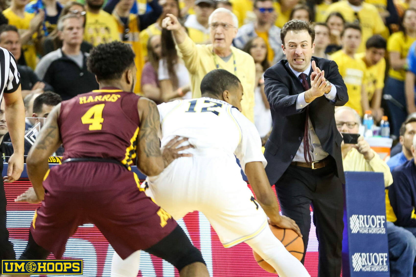 Michigan 76, Minnesota 73-22