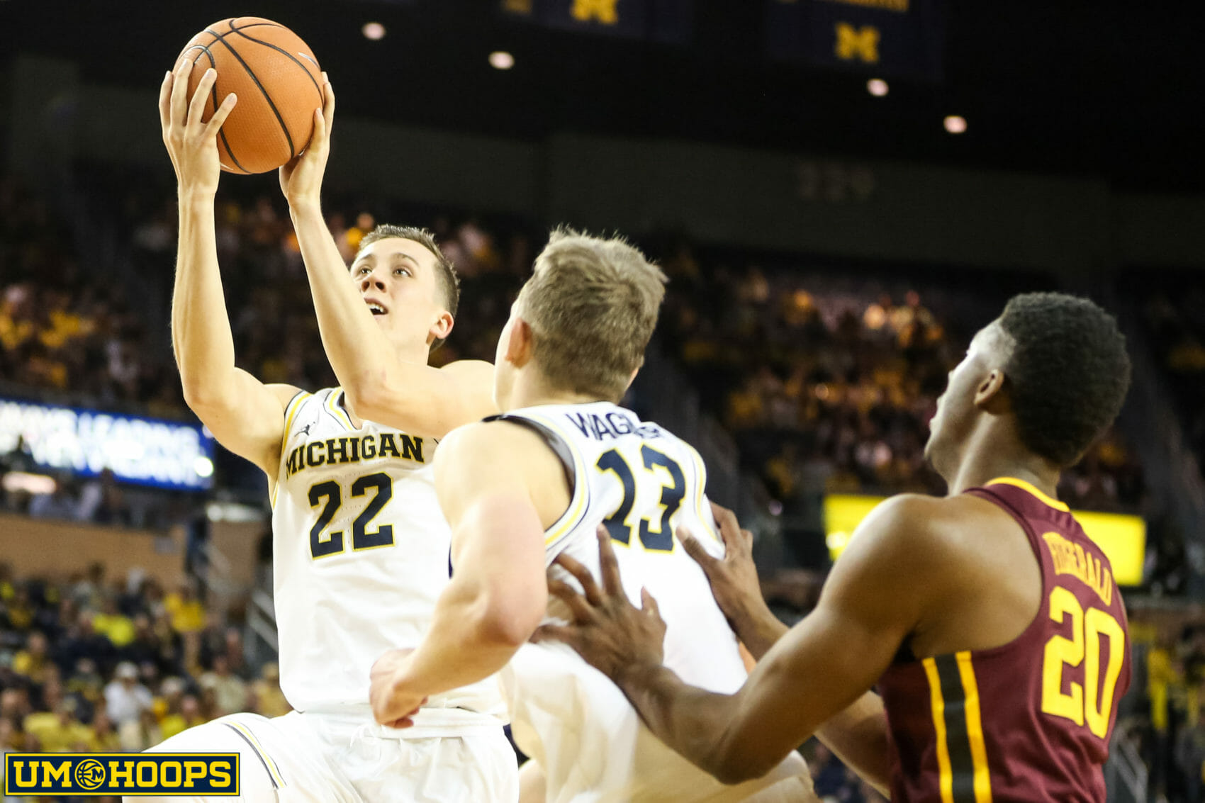 Michigan 76, Minnesota 73-16