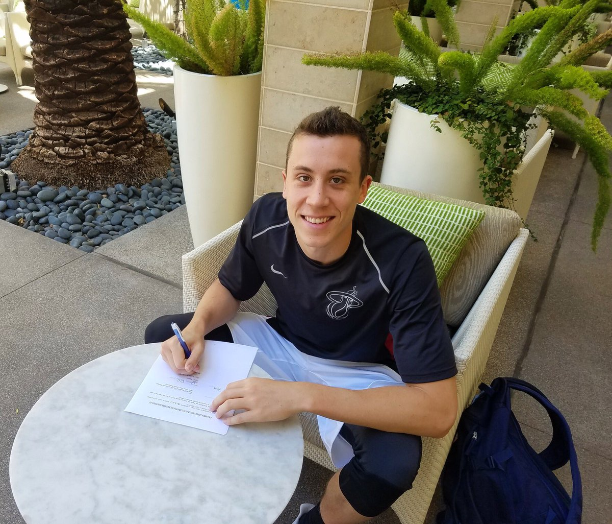 Duncan Robinson Signs Two Way Contract With Miami Heat Um Hoops Com