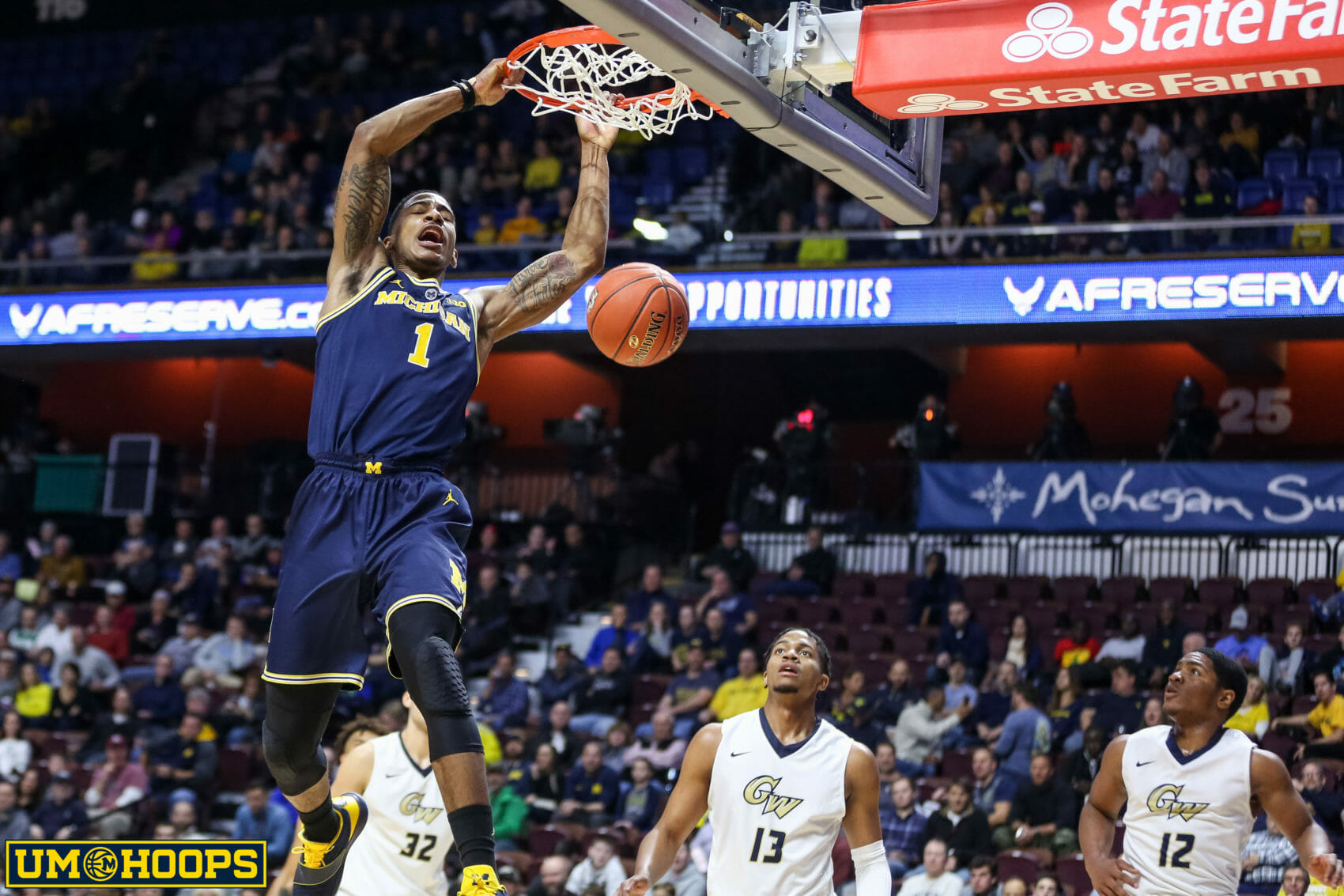 Michigan 84, George Washington 61-15